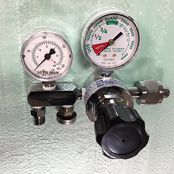 Oxygen Calibration Regulator CGA 540