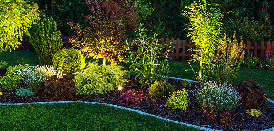 Outdoor Lighting | Avon Landscaping