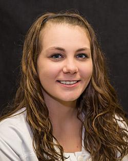 Danielle Smiling in bio photo