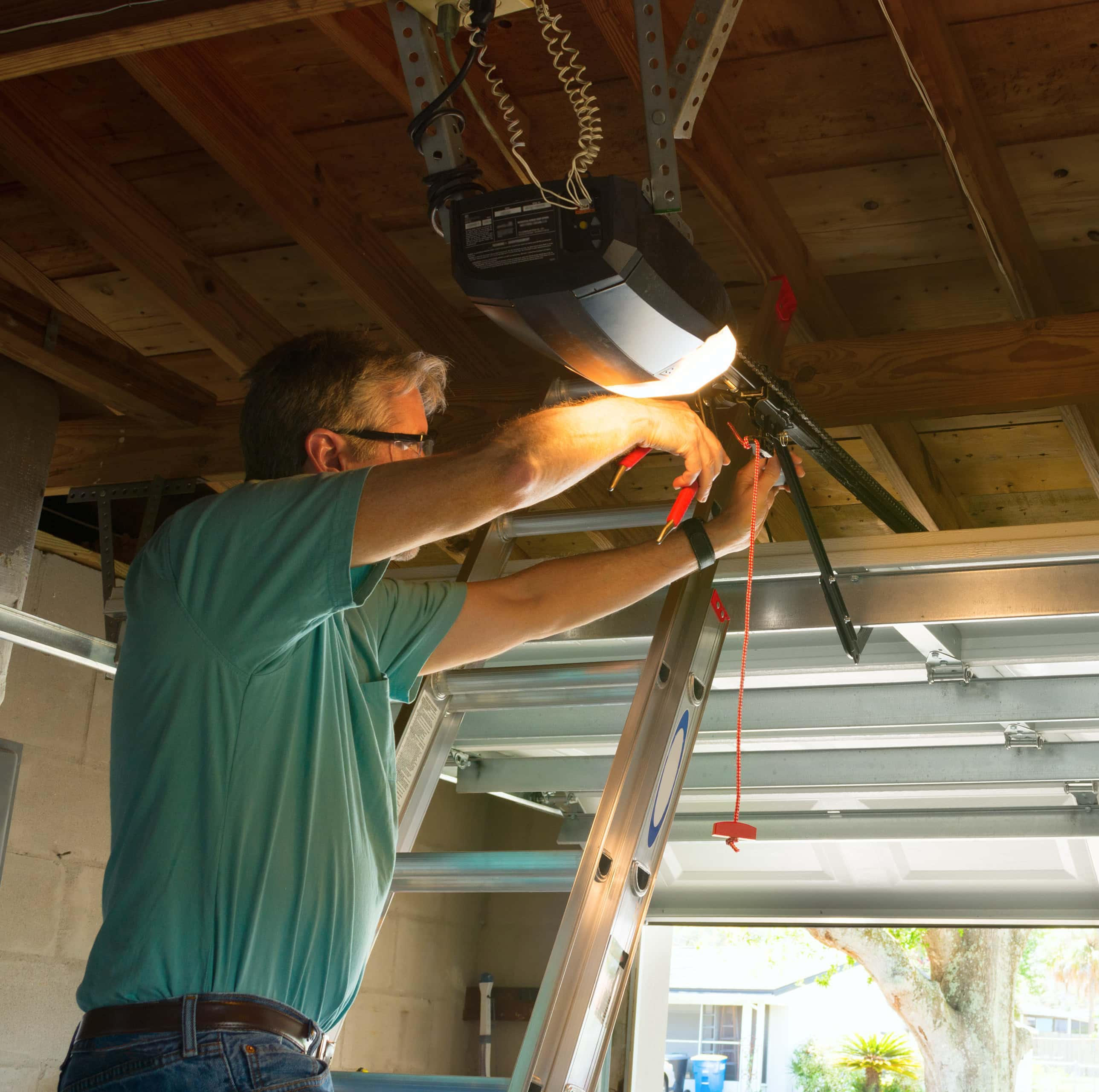 About Garage Door Pros