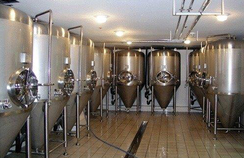 Fermentors should be chemically cleaned and sanitized.| hydrosol system