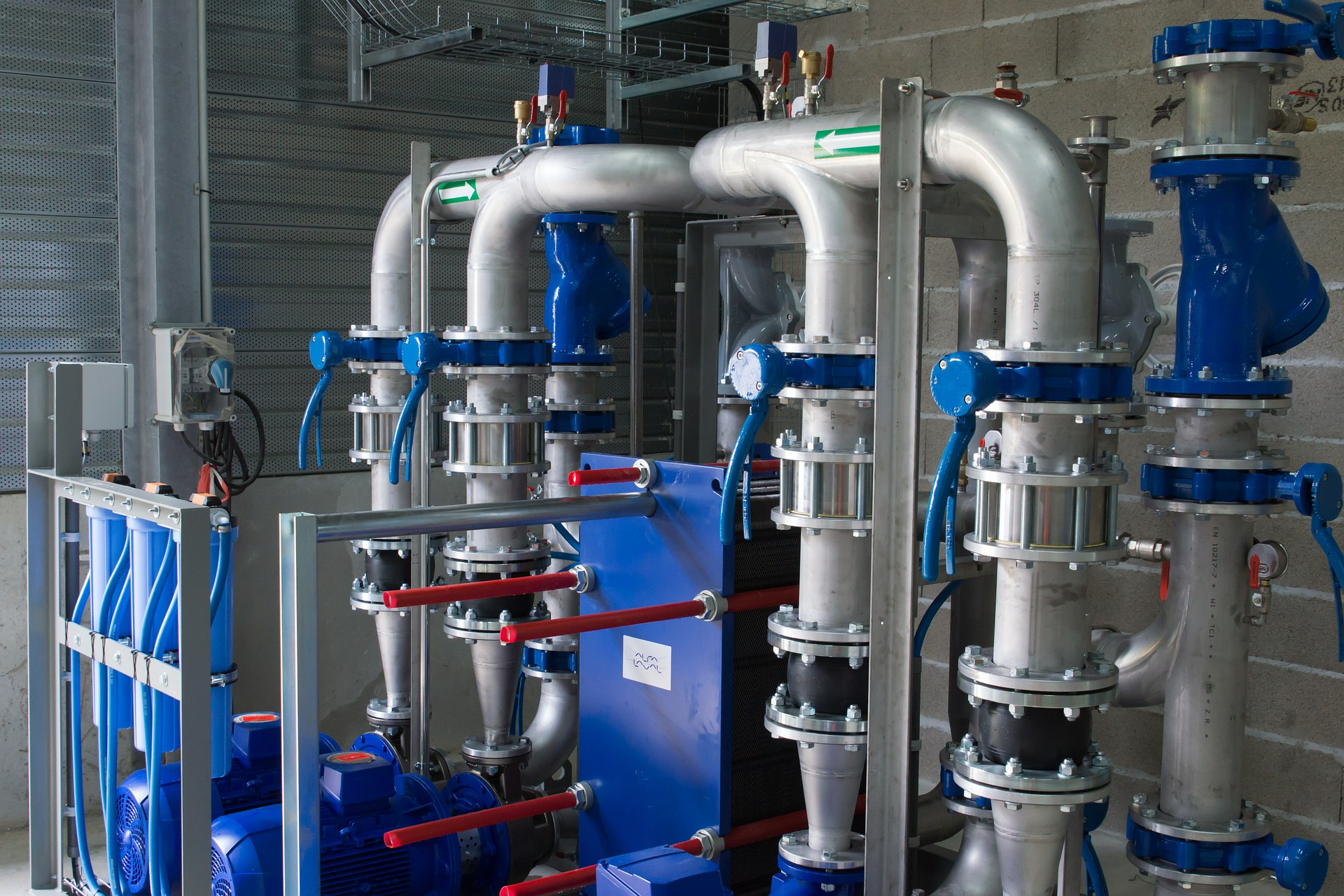 Solvent line cleaning