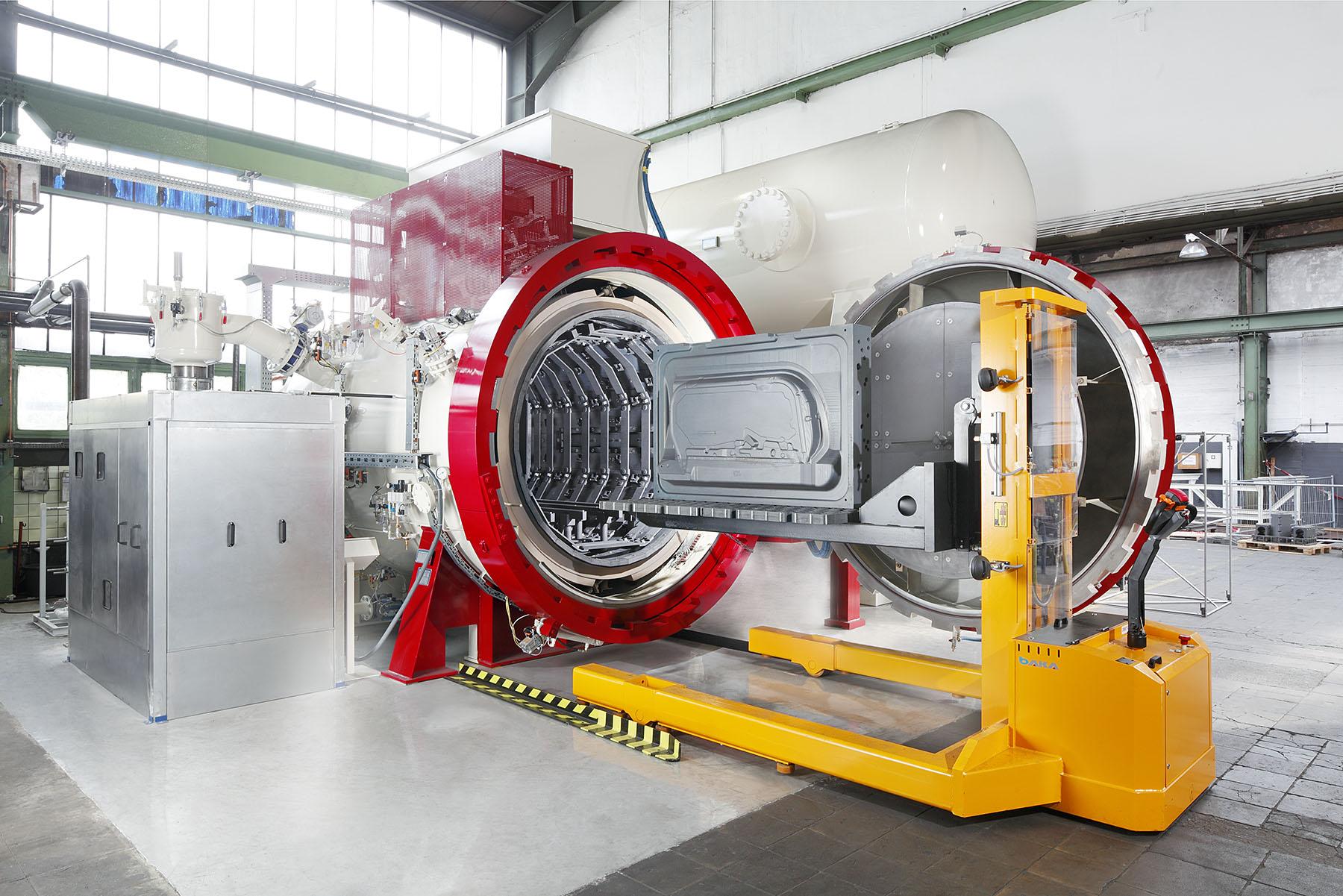 Chemically clean vacuum furnace.| Hydrosol System