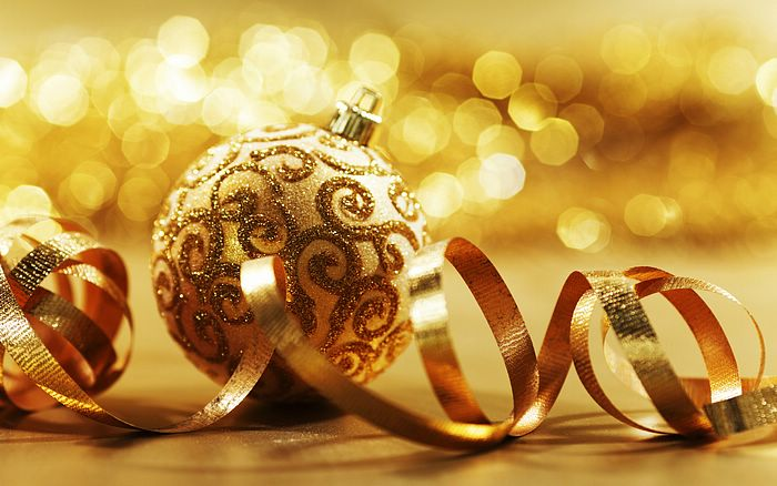 Are You Staying Financially Healthy This Holiday Season