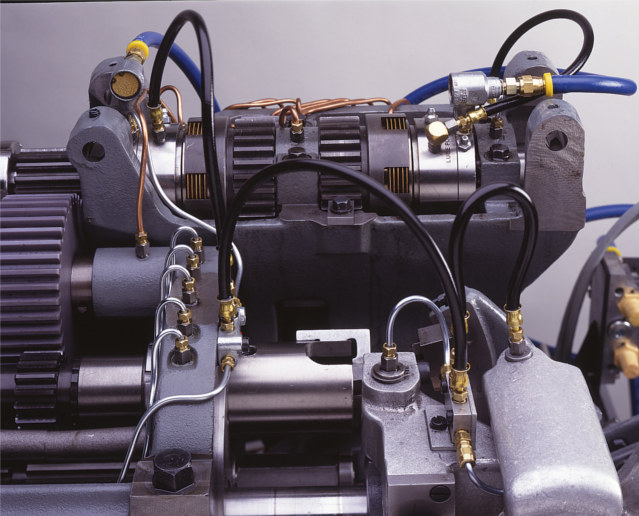 Air Threading Clutches Provide Consistent, Reliable Tap Depths - Increase Tool Life