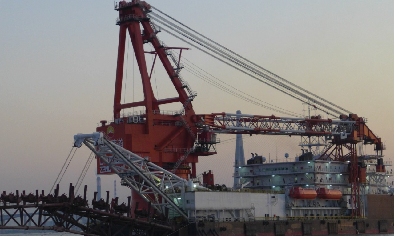 Pipe Laying Barge Company chooses  Logan for Mooring and Anchoring Winches