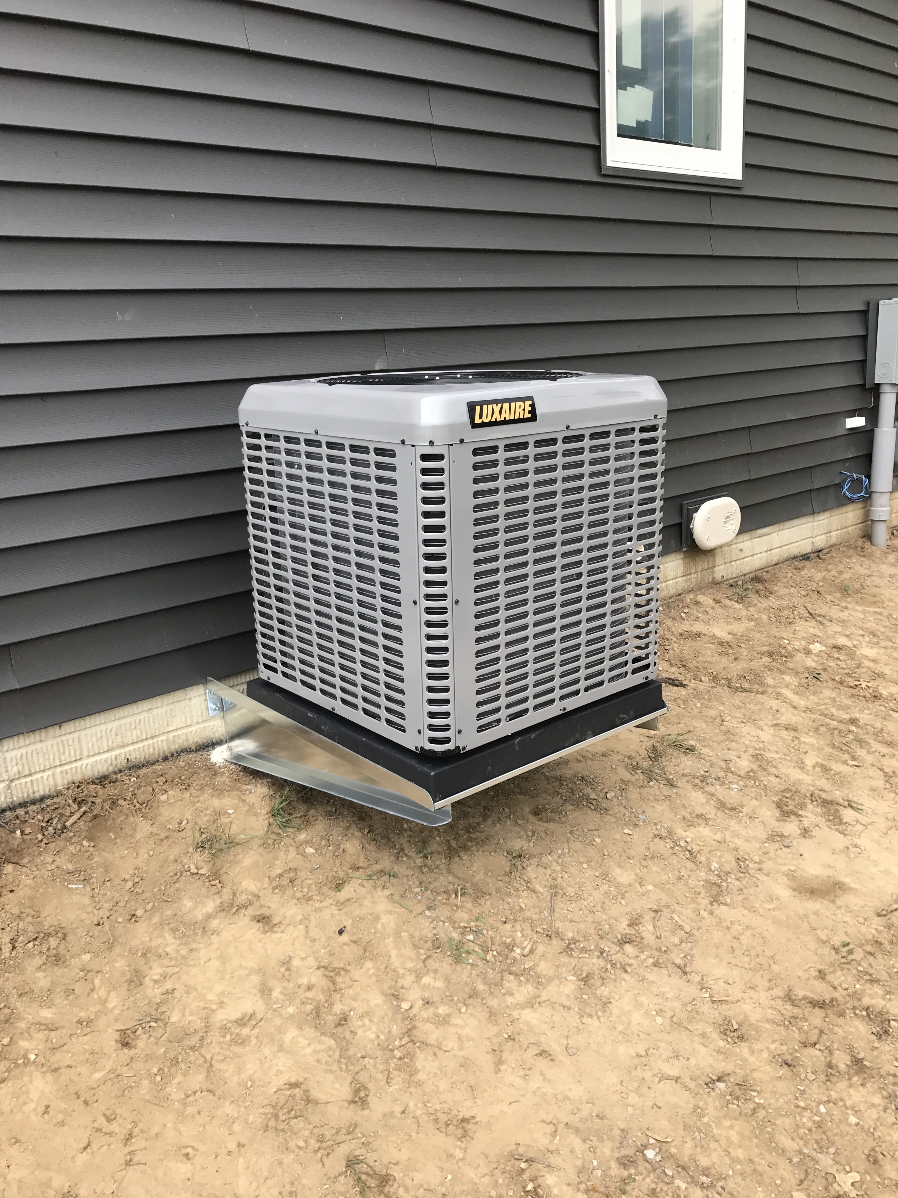 Quick Tips to Keep Your Air Conditioner Clean