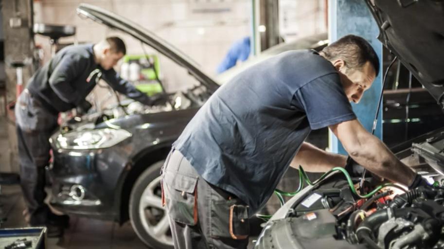 Independent Auto Shops vs. Dealerships