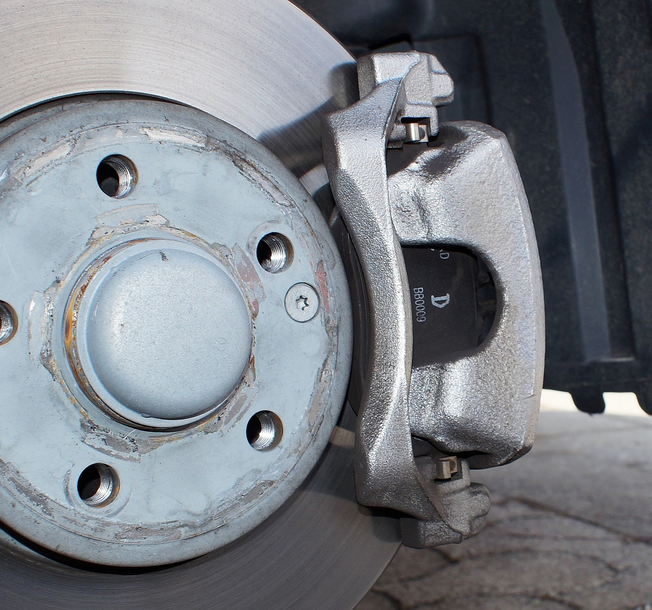 Brake caliper services in North Olmsted, Ohio | Weber Automotive