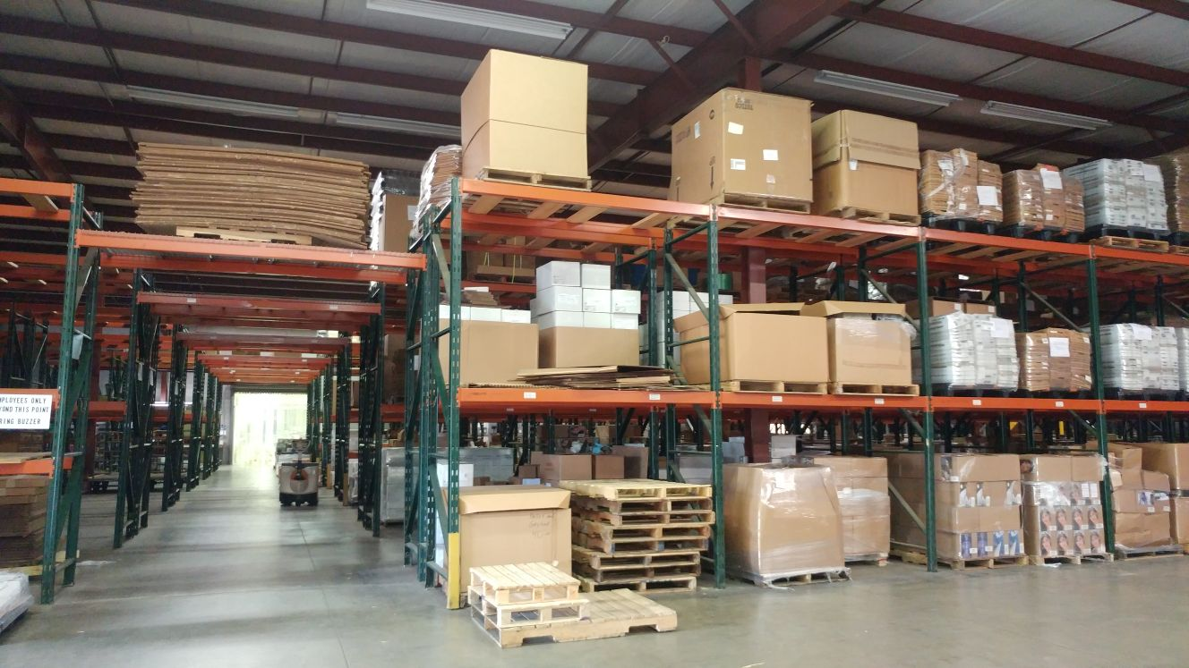 Dock High and Climate Controlled Warehouse in Berea, Ohio